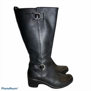 Clarks Heeled Boots Size 7